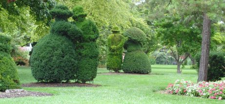 Columbus_Topiary_Gardens